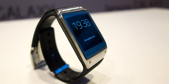 «Умные часы» Samsung Galaxy Gear