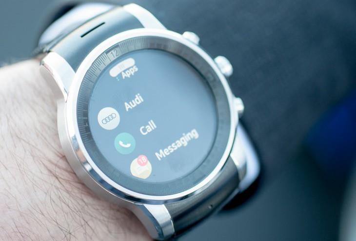 Небольшое описание смарт-часов от LG для Audi