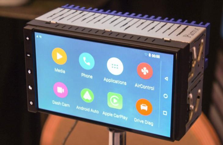 Parrot RNB6 – умная приборная панель для Android Auto и Apple CarPlay