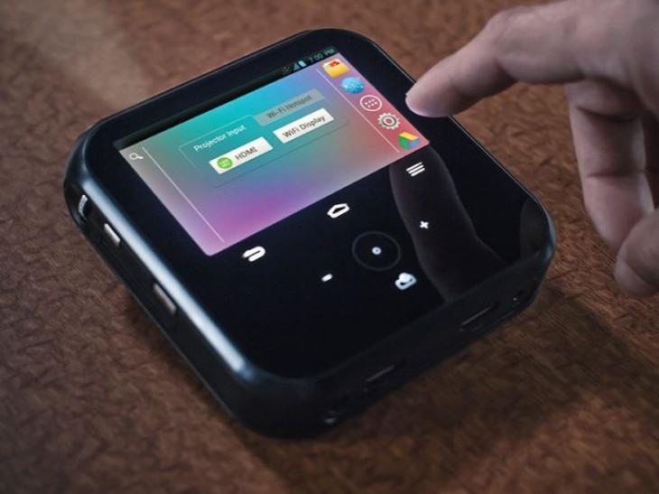 ZTE SPRO – компактный проектор на Android