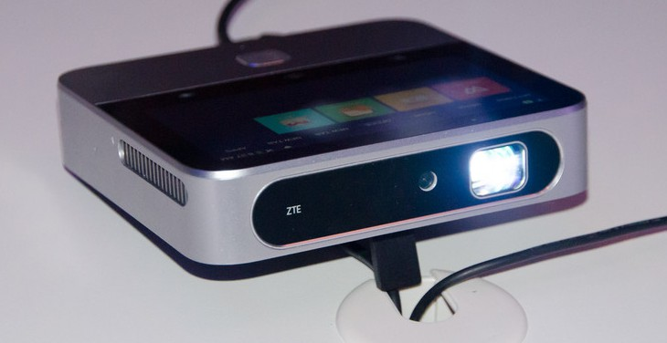 ZTE Spro 2 – второе поколение проекторов на Android